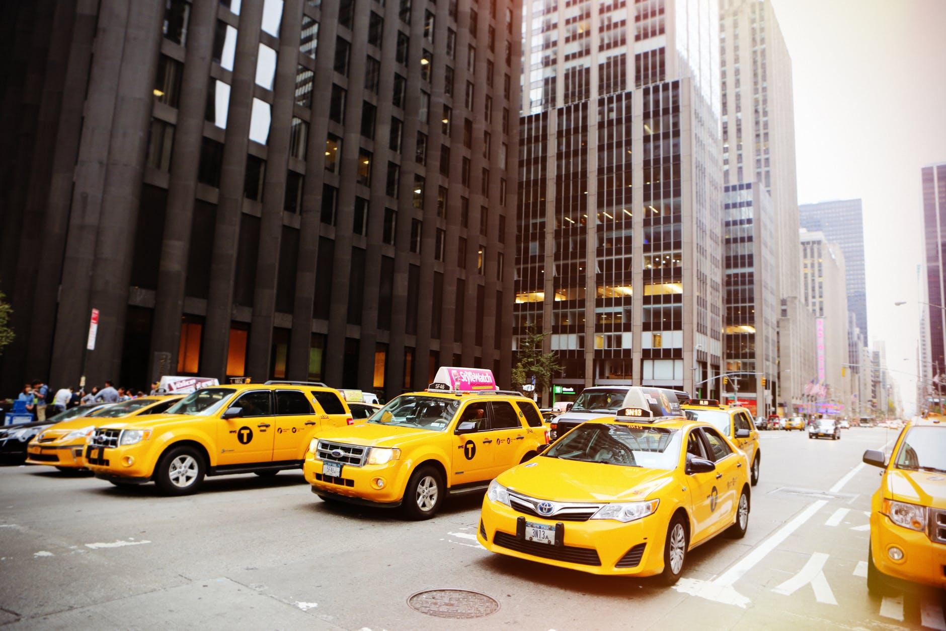 Требования к автомобилю в Яндекс Такси