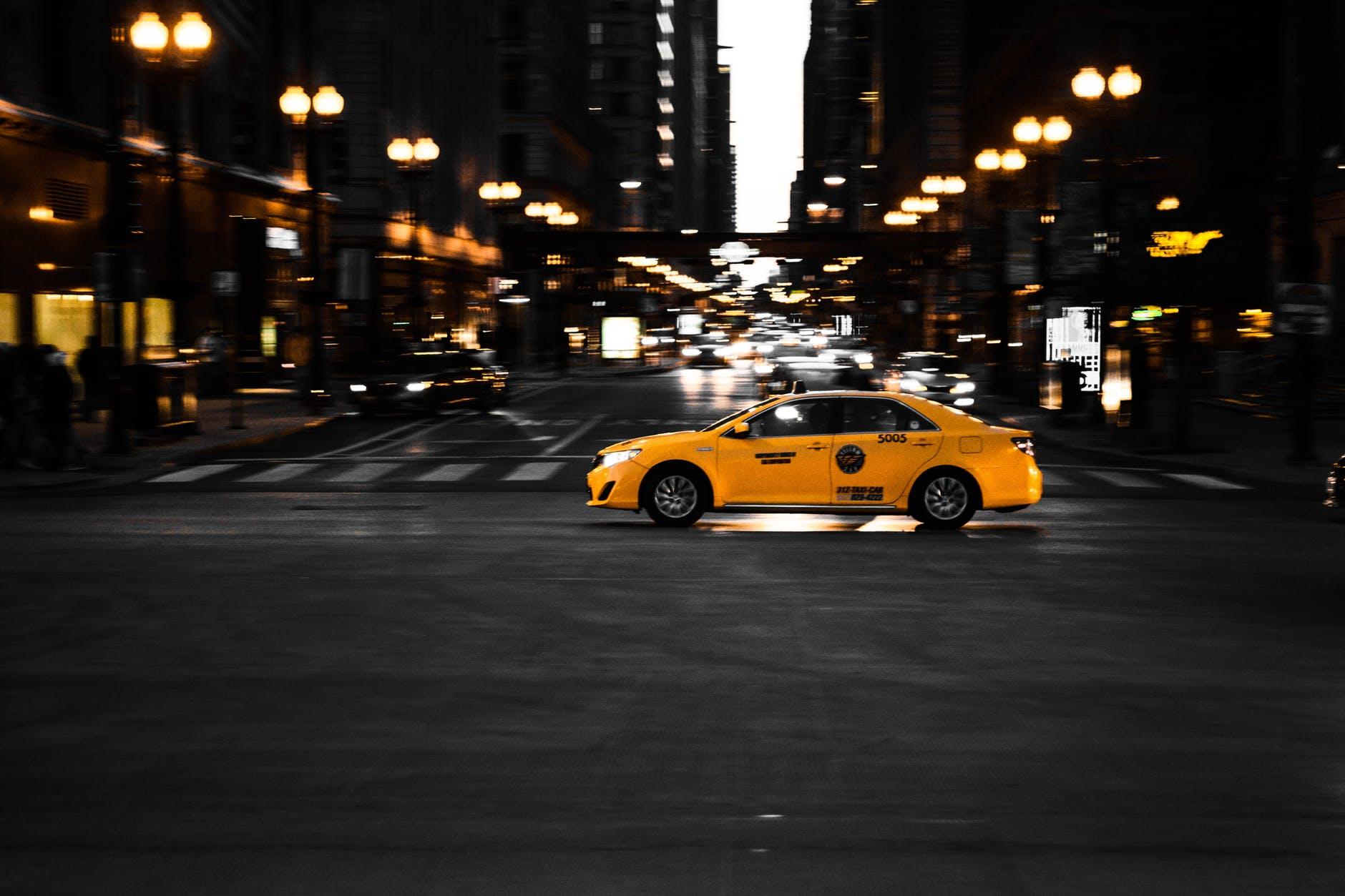 Плюсы и минусы работы в такси