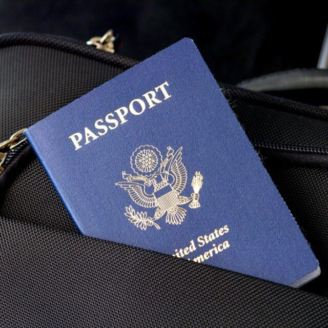 Какие документы необходимы для работы в такси?