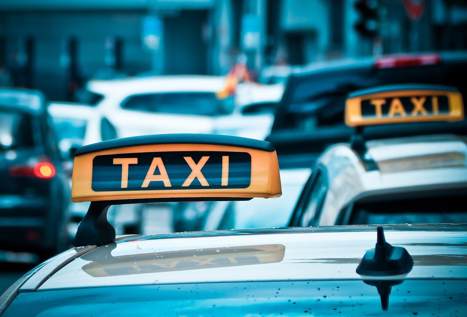 Сколько зарабатывают водители Яндекс.Такси