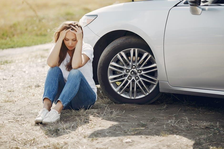 Повреждение автомобиля в Bolt taxi Что делать?