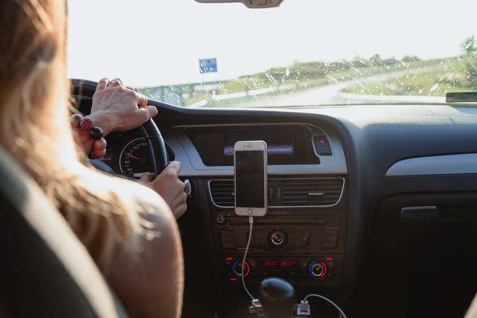 Женщины в такси