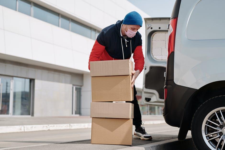 Сколько могут зарабатывать водители грузового такси?