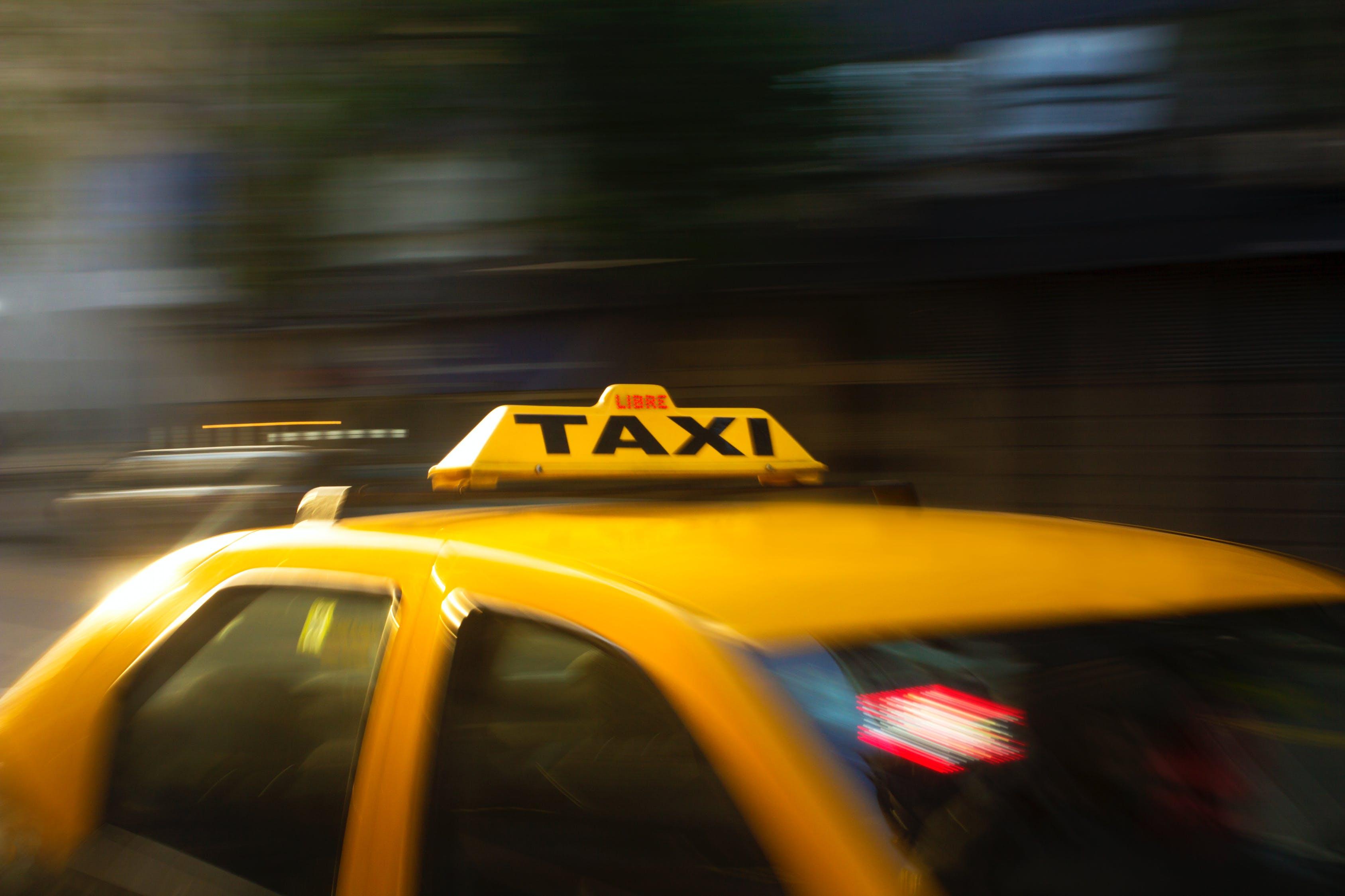 Водитель Петербургского такси